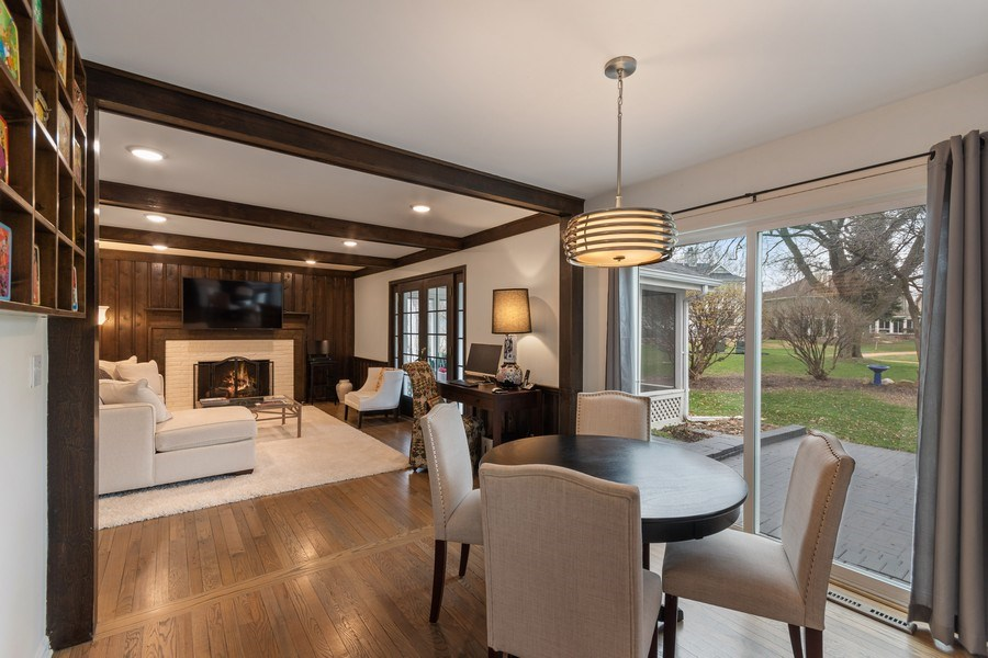 Real Estate Photography - 1420 Royal St George Drive, Naperville, IL, 60563 - Breakfast Nook