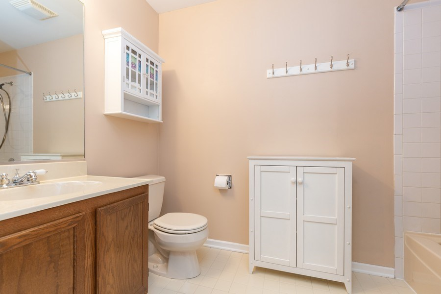 Real Estate Photography - 811 Providence Drive, Algonquin, IL, 60102 - Bathroom