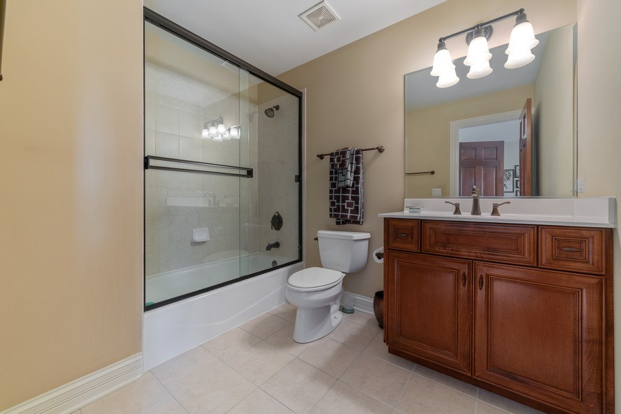 Real Estate Photography - 3012 Glacier Court, St. Charles, IL, 60174 - 4th Bathroom