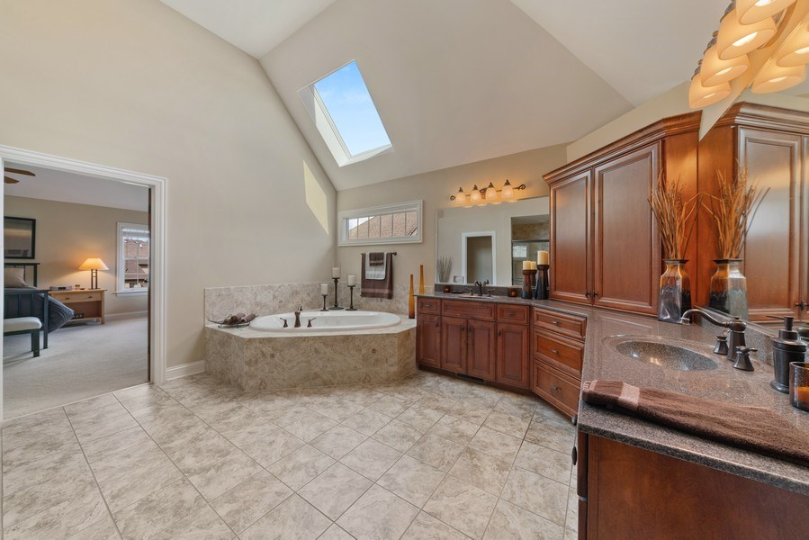 Real Estate Photography - 3012 Glacier Court, St. Charles, IL, 60174 - Master Bathroom