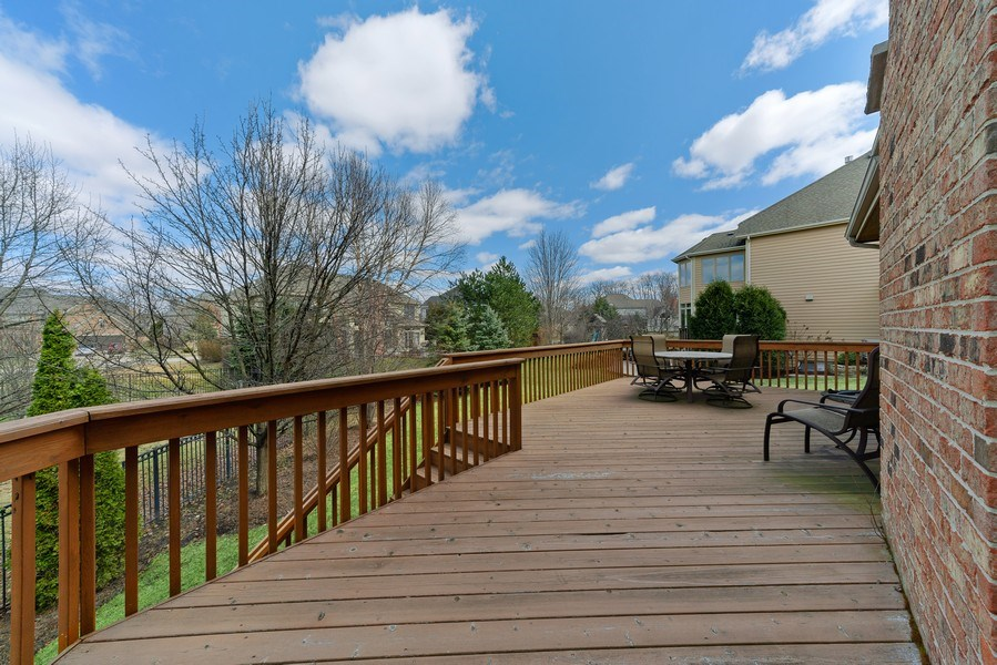 Real Estate Photography - 3012 Glacier Court, St. Charles, IL, 60174 - Deck