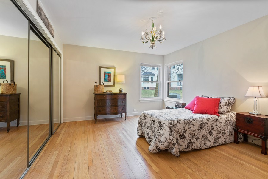 Real Estate Photography - 270 North IL Route 59, North Barrington, IL, 60010 - 2nd Bedroom
