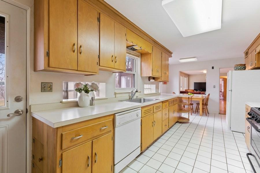 Real Estate Photography - 270 North IL Route 59, North Barrington, IL, 60010 - Kitchen