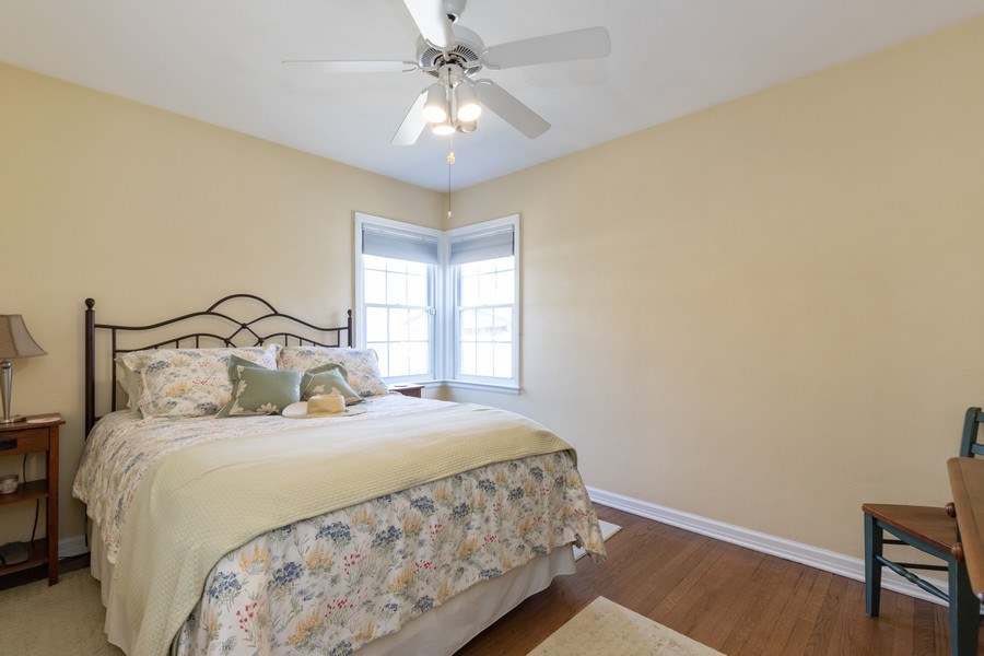 Real Estate Photography - 2929 W. Bonnie Brook Lane, Waukegan, IL, 60087 - 2nd Bedroom