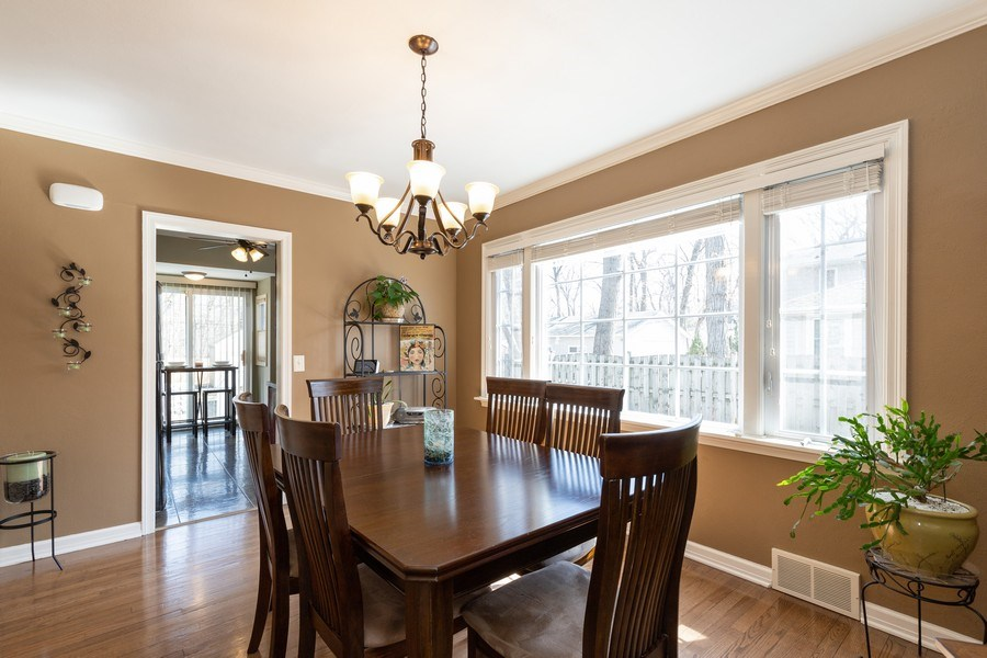 Real Estate Photography - 2929 W. Bonnie Brook Lane, Waukegan, IL, 60087 - Dining Room