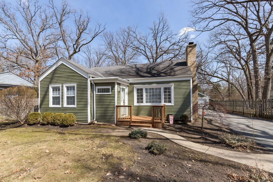 Real Estate Photography - 2929 W. Bonnie Brook Lane, Waukegan, IL, 60087 - Front View