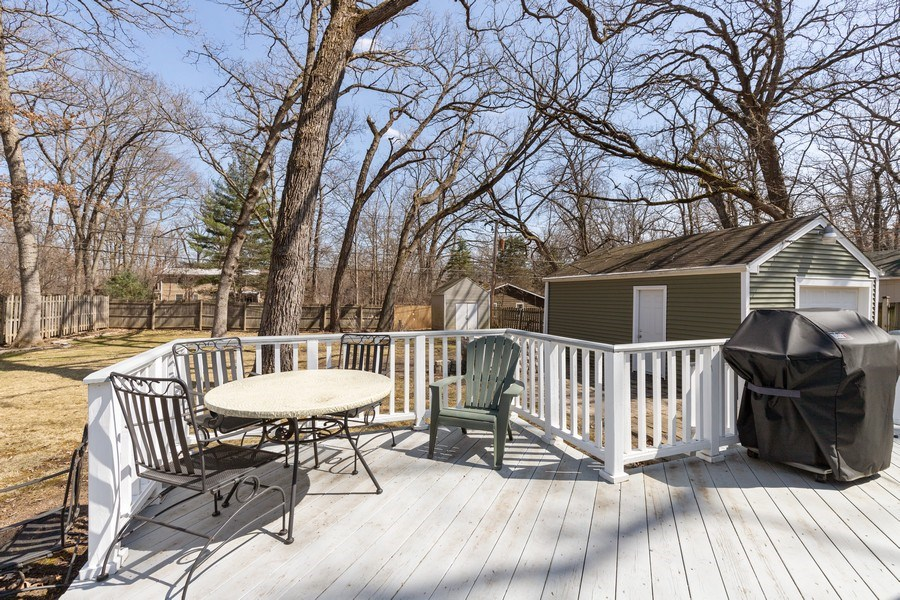 Real Estate Photography - 2929 W. Bonnie Brook Lane, Waukegan, IL, 60087 - Deck