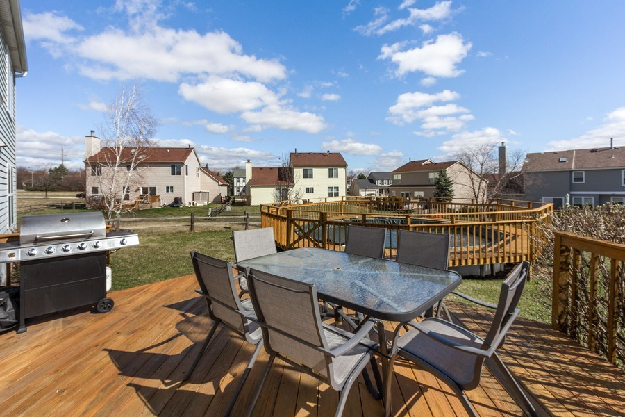 Real Estate Photography - 313 N. Southport Road, Mundelein, IL, 60060 - Deck