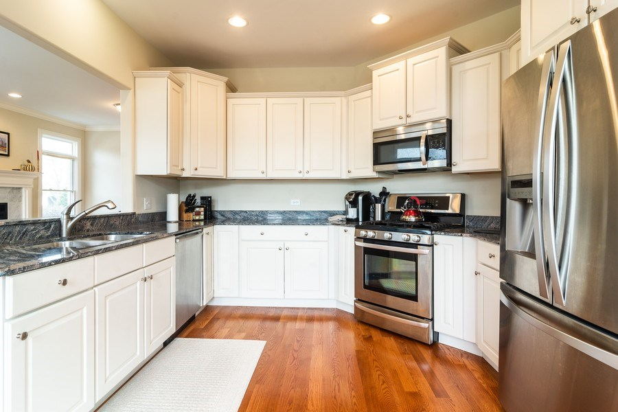 Real Estate Photography - 887 S. Plum Grove Road, Palatine, IL, 60067 - Kitchen