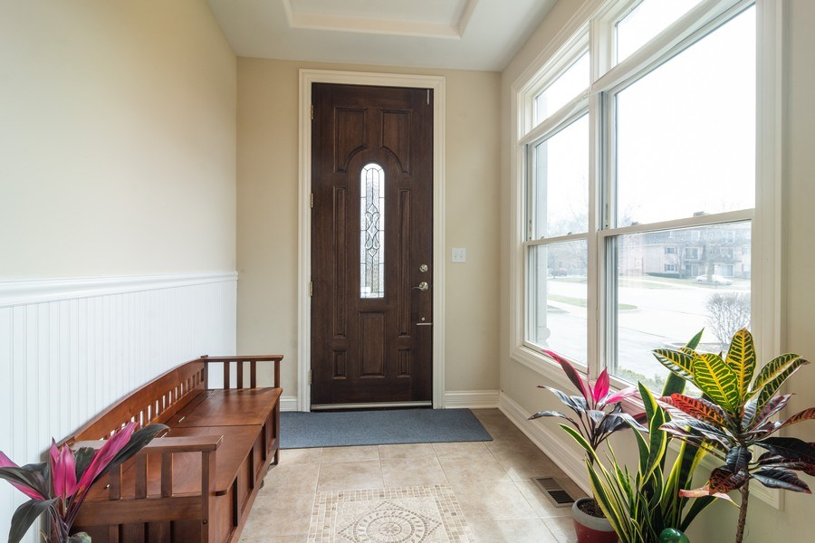Real Estate Photography - 887 S. Plum Grove Road, Palatine, IL, 60067 - Entryway
