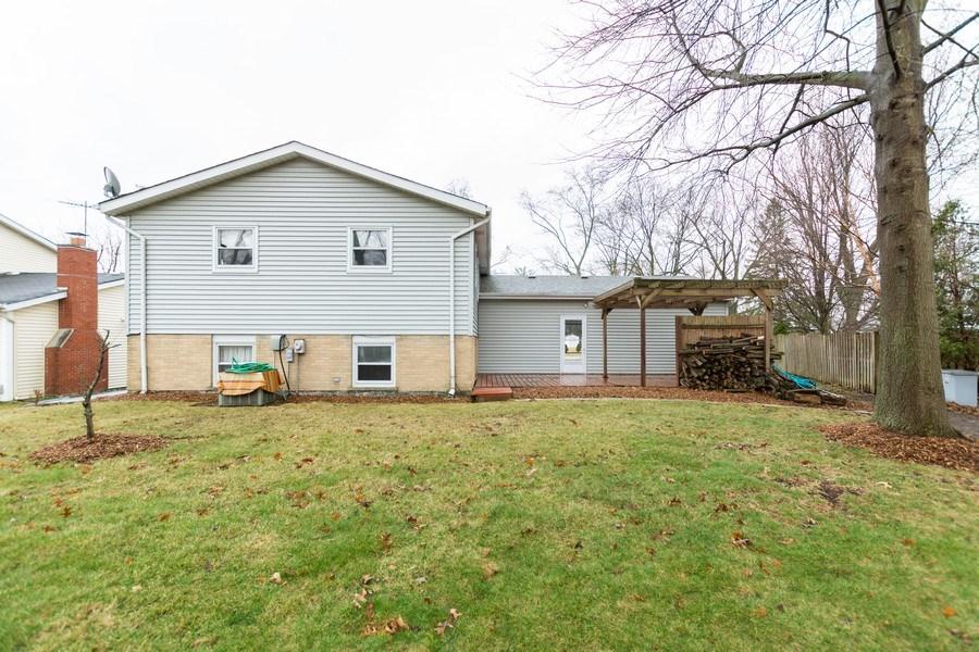 Real Estate Photography - 722 Maple Lane, Darien, IL, 60561 - Back Yard