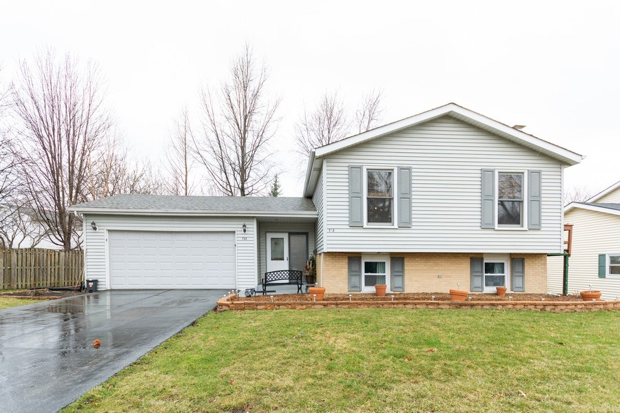 Real Estate Photography - 722 Maple Lane, Darien, IL, 60561 - Front View