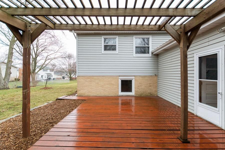Real Estate Photography - 722 Maple Lane, Darien, IL, 60561 - Deck