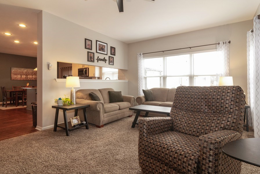 Real Estate Photography - 2472 Bayhill Court, Aurora, IL, 60503 - Family Room