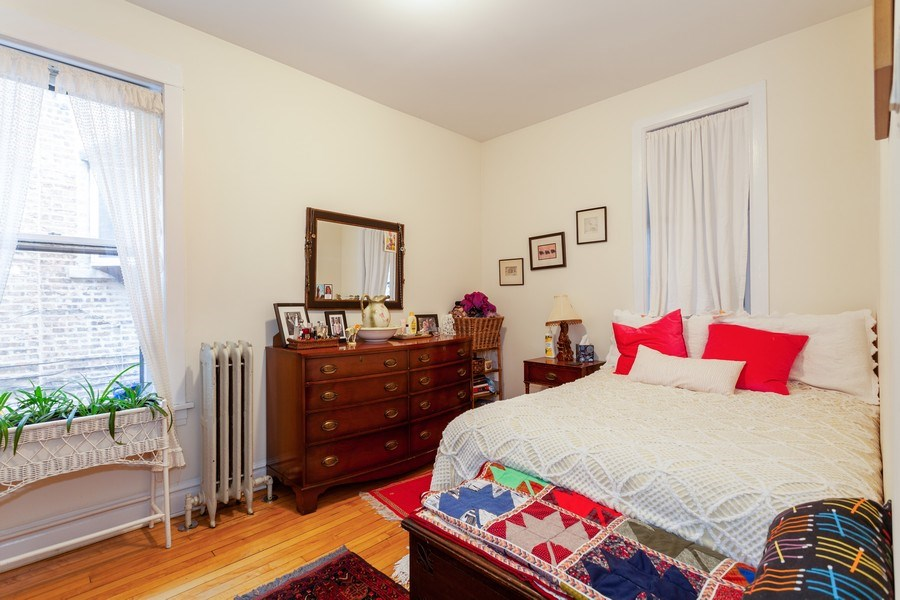 Real Estate Photography - 1134 S. Oak Park Avenue, Oak Park, IL, 60304 - Bedroom - Unit 1