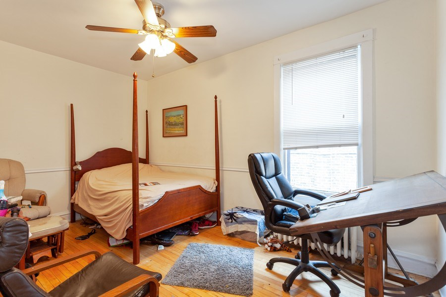 Real Estate Photography - 1134 S. Oak Park Avenue, Oak Park, IL, 60304 - Bedroom - Unit 2