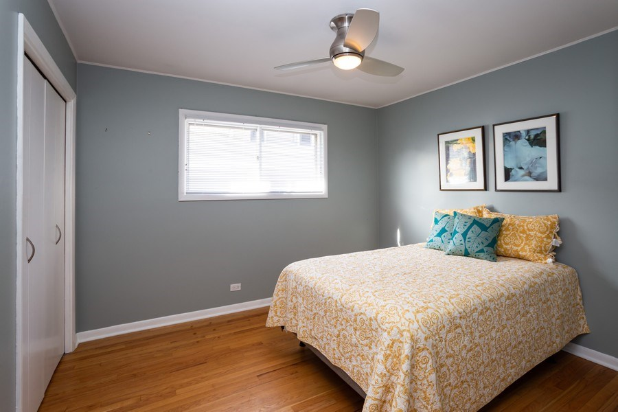 Real Estate Photography - 115 S. Burton Place, Arlington Heights, IL, 60005 - Bedroom