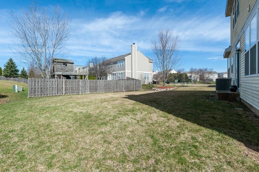 Real Estate Photography - 1910 Marigold Lane, Round Lake, IL, 60073 - Back Yard