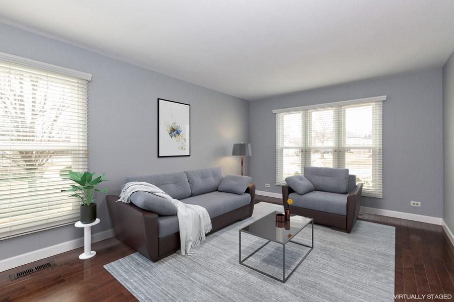 Real Estate Photography - 1555 Camelot Lane, Hoffman Estates, IL, 60010 - Living Room