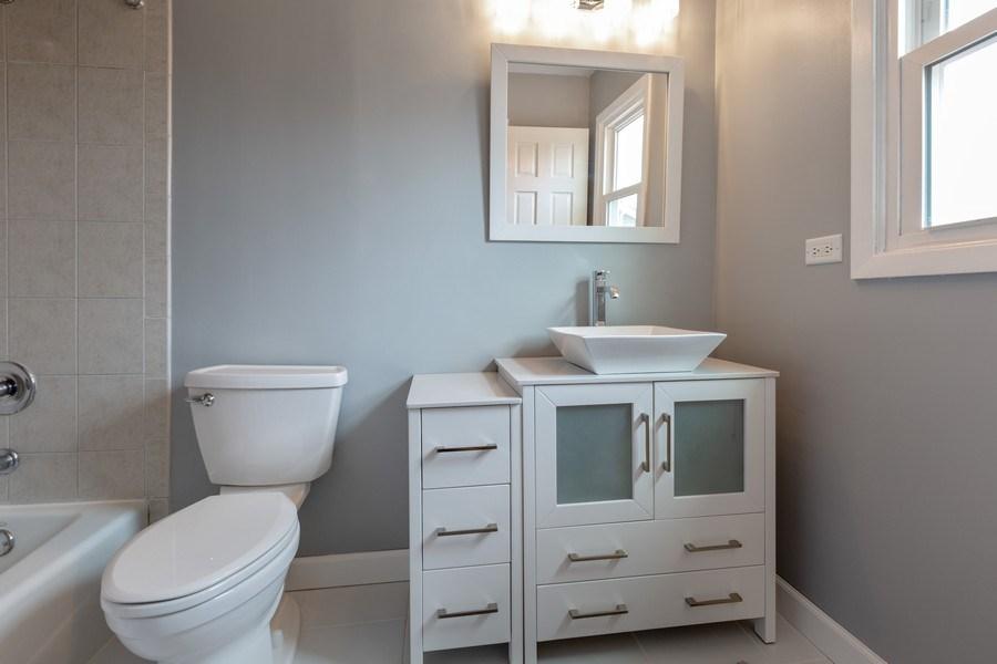 Real Estate Photography - 1555 Camelot Lane, Hoffman Estates, IL, 60010 - Master Bathroom