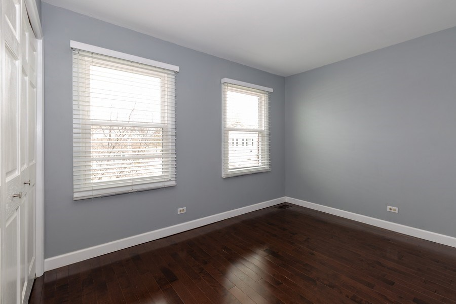 Real Estate Photography - 1555 Camelot Lane, Hoffman Estates, IL, 60010 - 3rd Bedroom