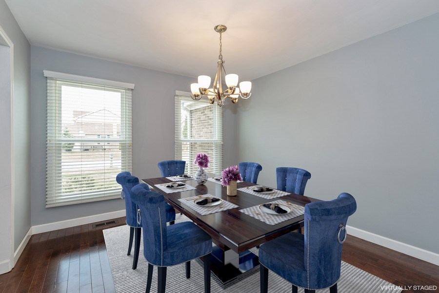 Real Estate Photography - 1555 Camelot Lane, Hoffman Estates, IL, 60010 - Dining Room