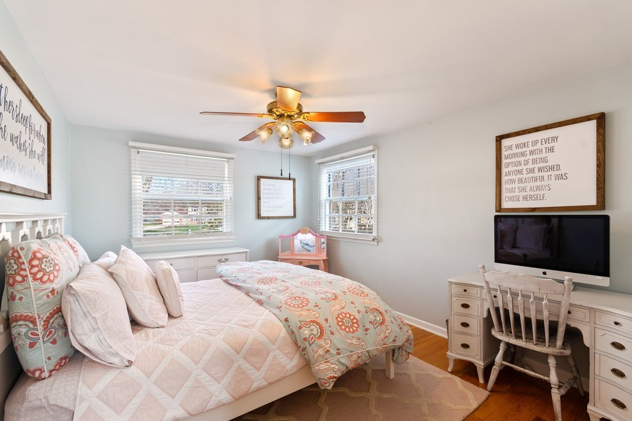 Real Estate Photography - 920 Royal St. George Drive, Naperville, IL, 60563 - 2nd Bedroom