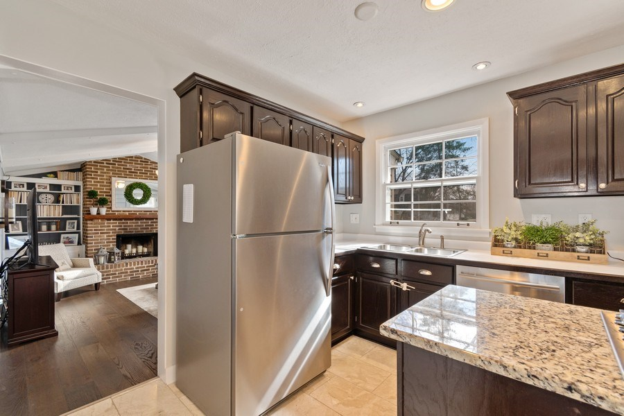 Real Estate Photography - 920 Royal St. George Drive, Naperville, IL, 60563 - Kitchen
