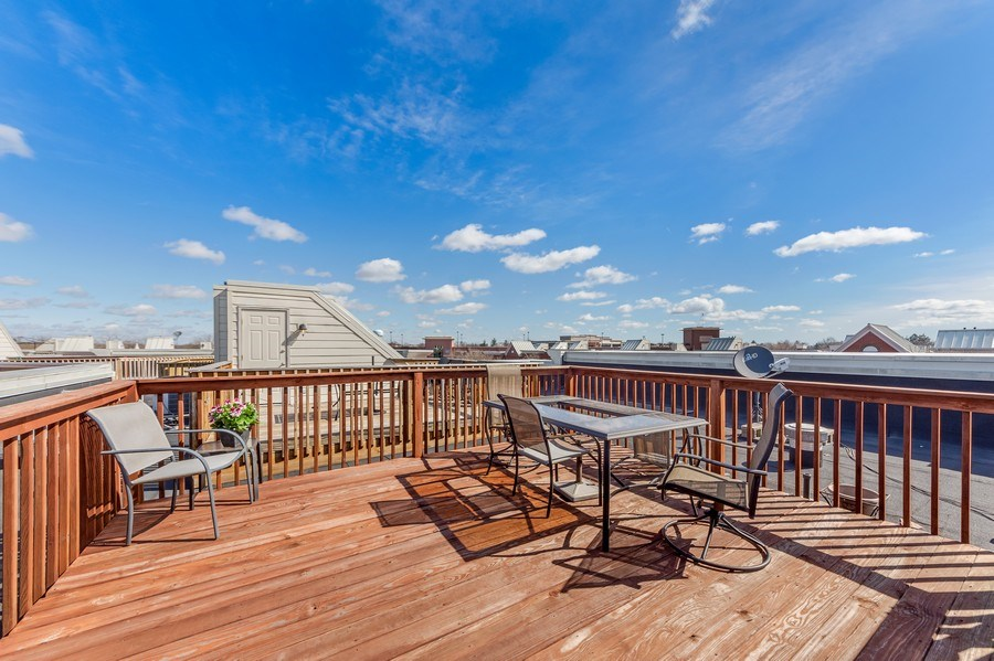 Real Estate Photography - 124 N. Rose Street, Palatine, IL, 60067 - Roof Deck
