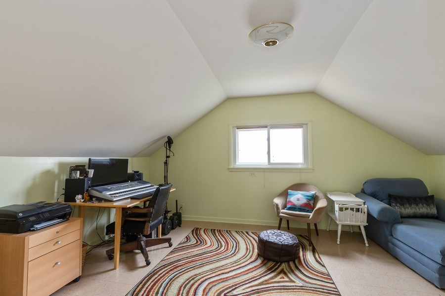 Real Estate Photography - 1041 Bishop Street, Antioch, IL, 60002 - 2nd Bedroom