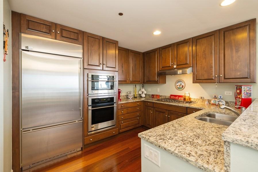 Real Estate Photography - 310 S. Michigan Avenue, Unit 2005, Chicago, IL, 60604 - Kitchen