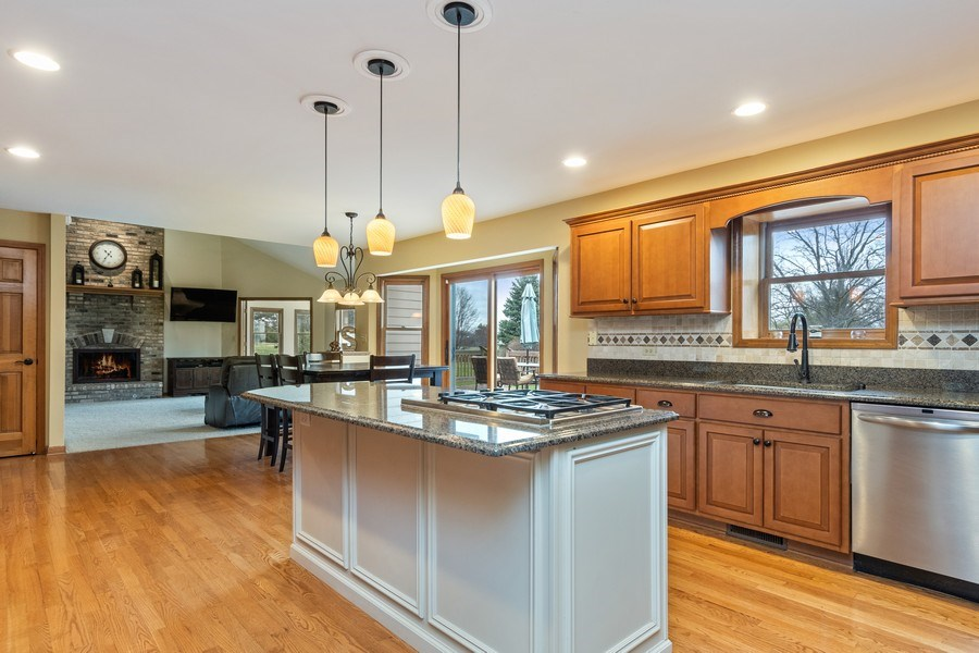 Real Estate Photography - 10803 Royal Porthcawl Drive, Naperville, IL, 60564 - Kitchen