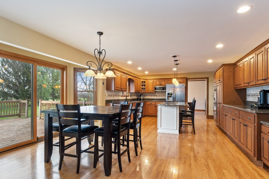 Real Estate Photography - 10803 Royal Porthcawl Drive, Naperville, IL, 60564 - Kitchen / Breakfast Room