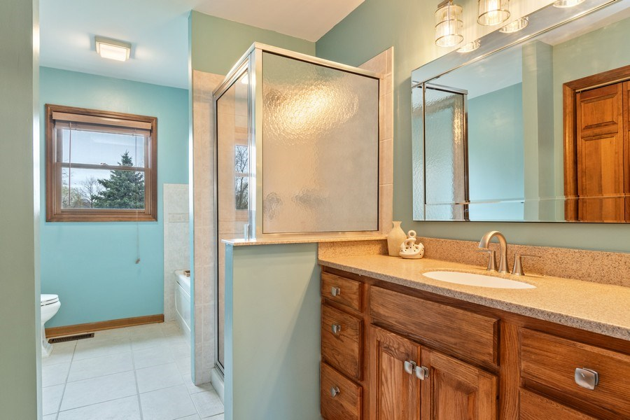 Real Estate Photography - 10803 Royal Porthcawl Drive, Naperville, IL, 60564 - 2nd Bathroom