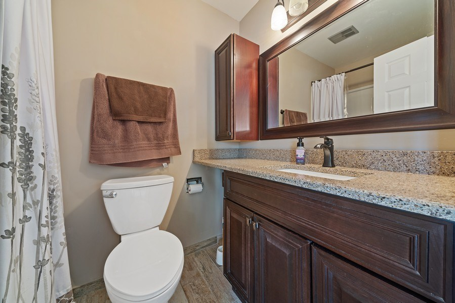 Real Estate Photography - 237 S. Park Place Drive, Bartlett, IL, 60103 - Master Bathroom