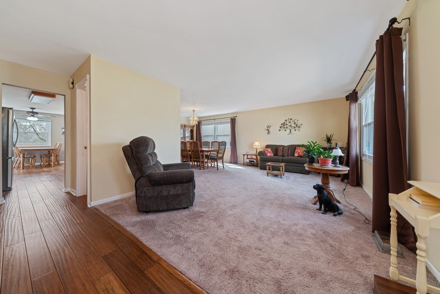 Real Estate Photography - 237 S. Park Place Drive, Bartlett, IL, 60103 - Foyer