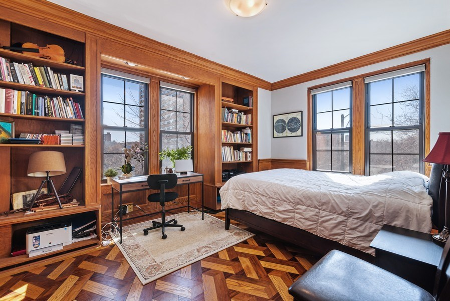 Real Estate Photography - 6101 N. Sheridan Road, Unit 3B-3C, Chicago, IL, 60660 - 2nd Bedroom