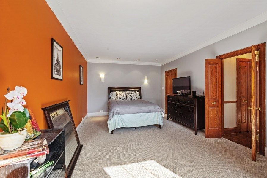 Real Estate Photography - 6101 N. Sheridan Road, Unit 3B-3C, Chicago, IL, 60660 - Master Bedroom