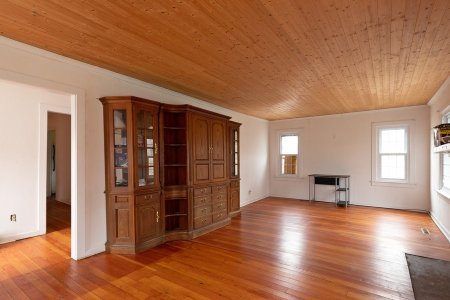 Real Estate Photography - 25038 W. Crawford Avenue, Antioch, IL, 60002 - Family Room