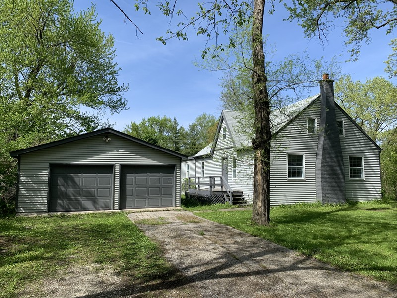 Real Estate Photography - 25038 W. Crawford Avenue, Antioch, IL, 60002 -