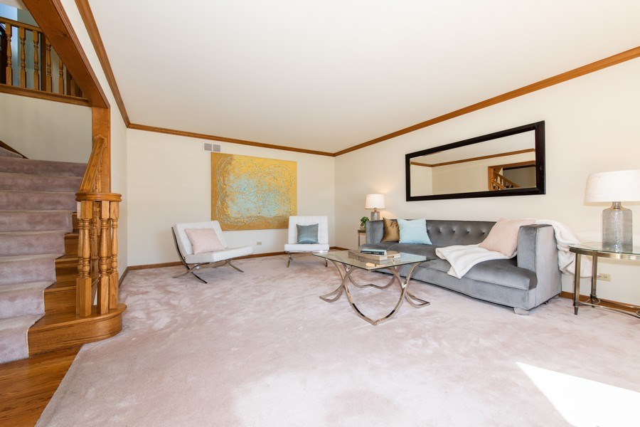 Real Estate Photography - 10513 Royal Porthcawl Drive, Naperville, IL, 60564 - Foyer/Living Room