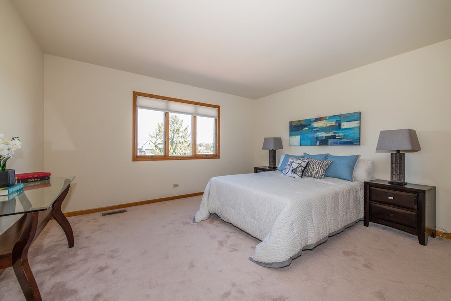 Real Estate Photography - 10513 Royal Porthcawl Drive, Naperville, IL, 60564 - 2nd Bedroom