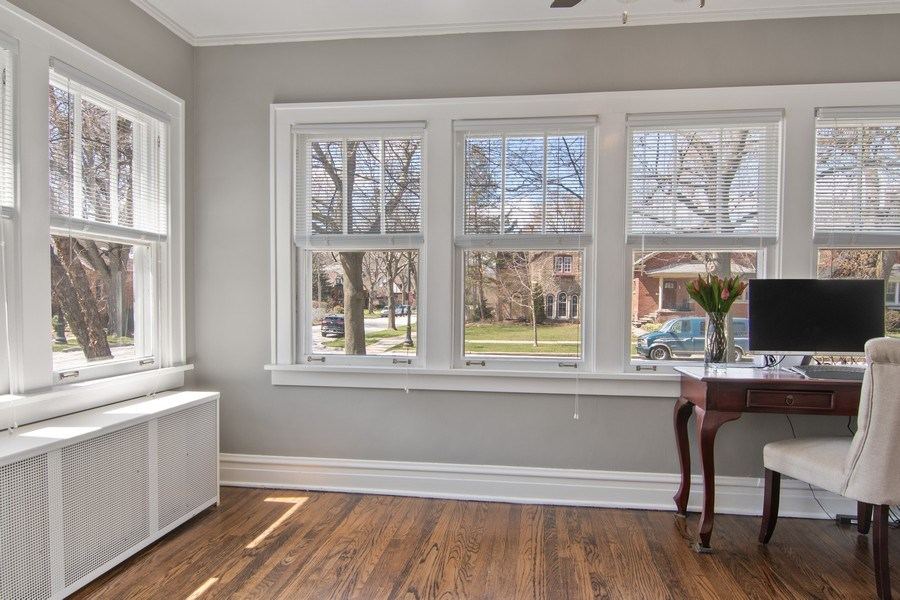Real Estate Photography - 2139 Forestview Road, Evanston, IL, 60201 - Sunroom