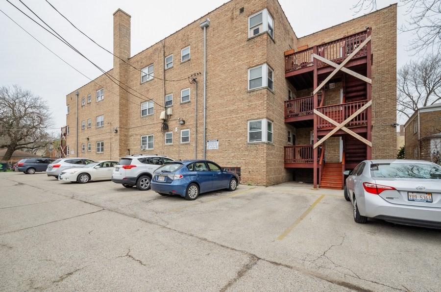 Real Estate Photography - 2637 W. Fitch Avenue, Unit 3E, Chicago, IL, 60645 - Rear View