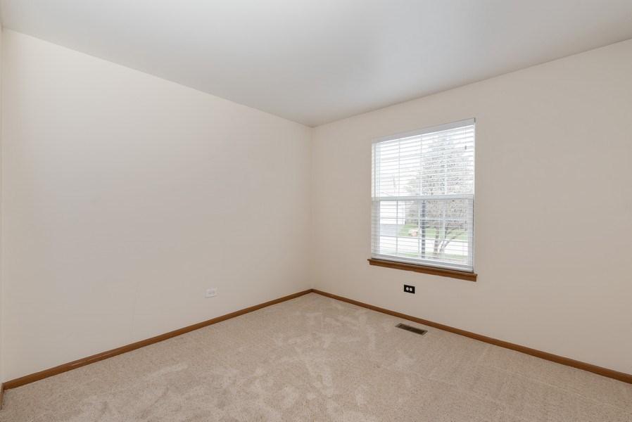 Real Estate Photography - 633 MALLARD Court, Unit C1, Bartlett, IL, 60103 - 2nd Bedroom