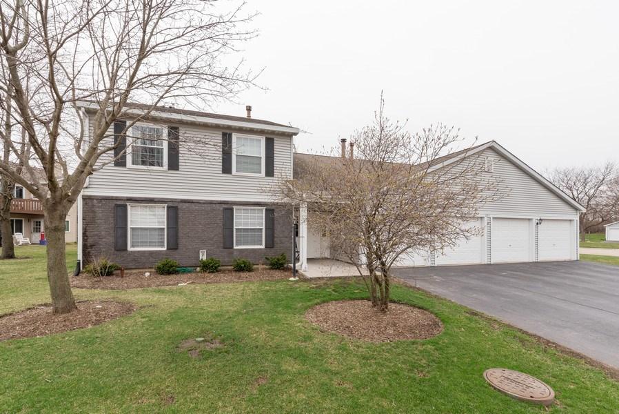 Real Estate Photography - 633 MALLARD Court, Unit C1, Bartlett, IL, 60103 - Front View