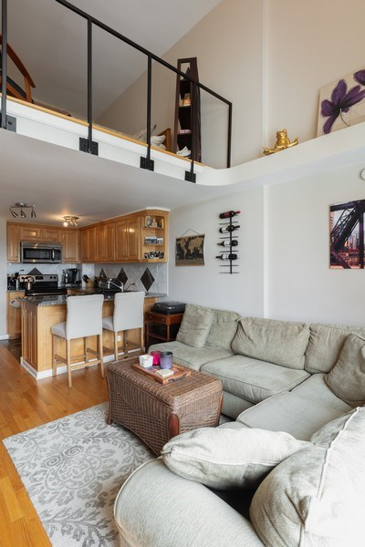 Real Estate Photography - 1221 N. DEARBORN Street, Unit PH12N, Chicago, IL, 60610 - Living Room