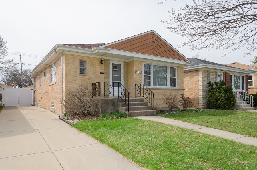 Real Estate Photography - 7438 N. ORIOLE Avenue, Chicago, IL, 60631 - Front View