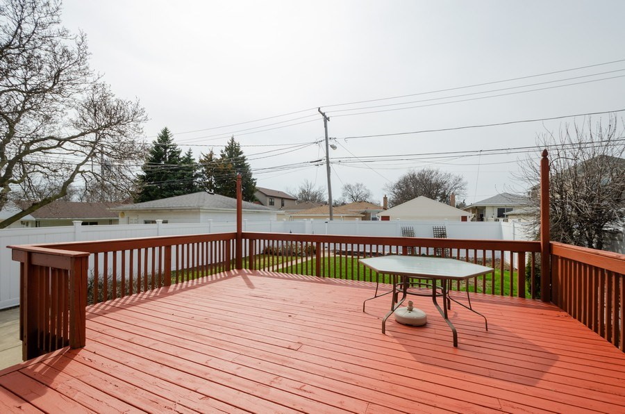 Real Estate Photography - 7438 N. ORIOLE Avenue, Chicago, IL, 60631 - Deck