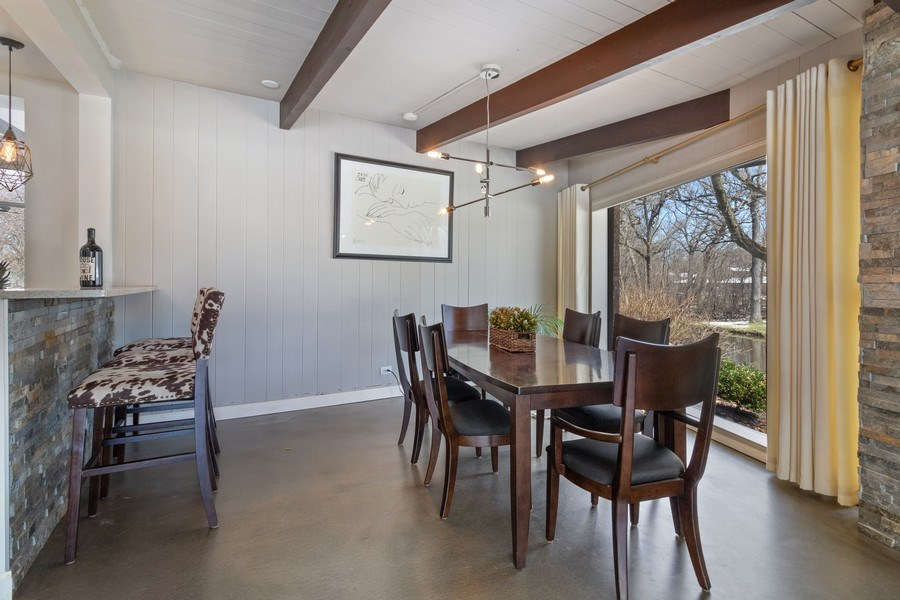 Real Estate Photography - 1911 Hanover Lane, Flossmoor, IL, 60422 - Dining Room